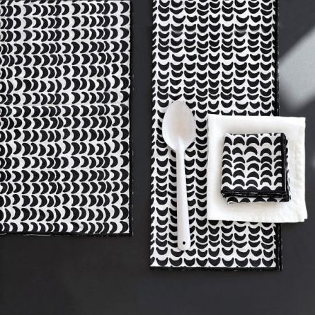 serviettes tamika imprimé ikat noir